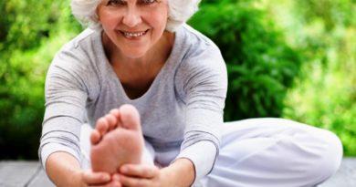 esercizi postura ed equilibrio degli anziani